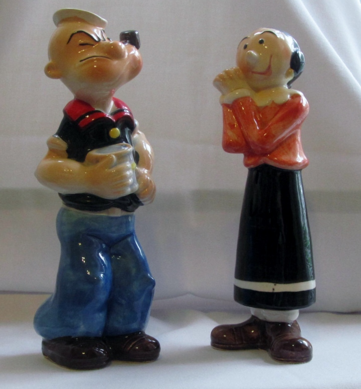 Popeye - Olive Oyl salt 'n pepper shakers